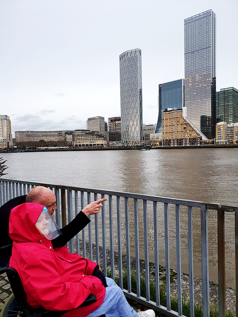 love walk care home visit thames river